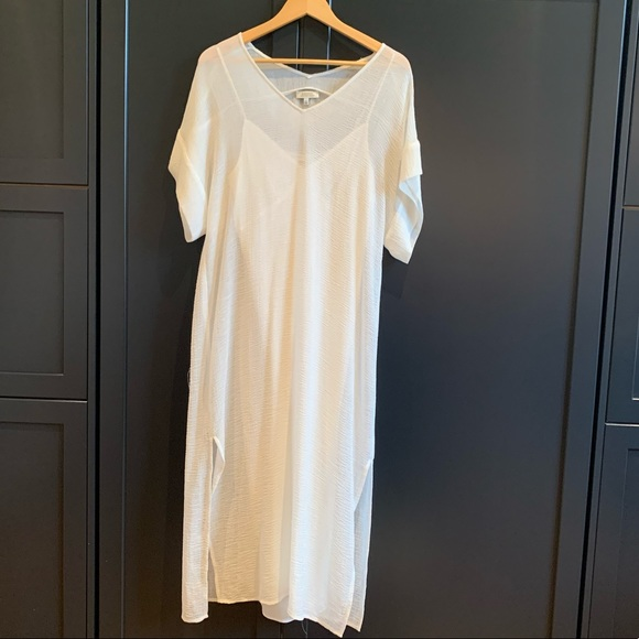 ARITZIA / BABATON White Sack Dress with Slip